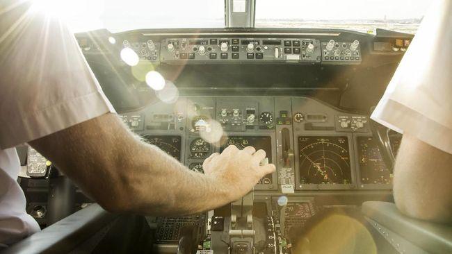 Studi: Pilot Komersil Bisa Depresi Saat Terbang