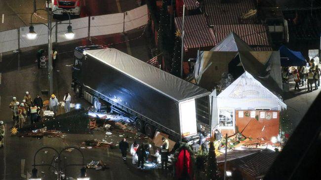 ISIS Klaim Serangan Truk di Berlin, Jerman Buru Pelaku