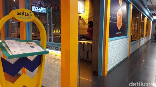Nuansa Playful Casual di Resto Gonzos Tex Mex Grill, Lotte Shopping Avenue