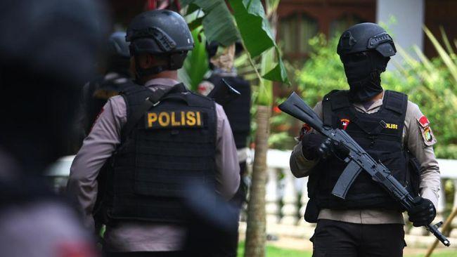 Densus Tangkap Jaringan Teroris Batam di Deli Serdang