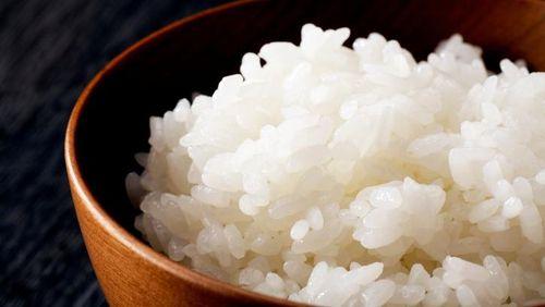 Makan Nasi Harus Separuh Porsi Kalau Mau Langsing, Benar Tidak Ya?