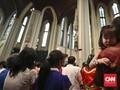 Ketika Misa dan Buka Puasa Berbaur di Gereja Katedral