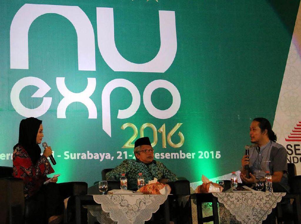 Wakil Sekretaris Jenderal PBNU Suwadi Damartyas Pranoto (tengah) menjadi pembicara diskusi NU Expo 2016 di JIExpo, Surabaya, Sabtu (24/12). Djunaedi/PBNU.
