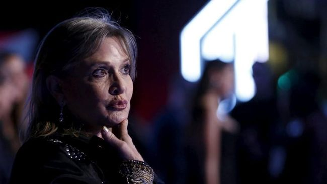 Carrie Fisher Jadi Seniman Bebas karena Menulis