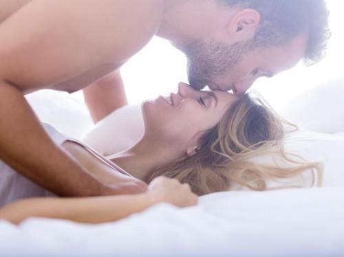 3 Posisi Seks yang Berisiko Sebabkan Cedera
