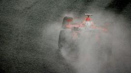 Schumacher, Tuan yang Tak Bisa Dihentikan Hujan