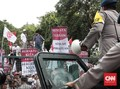 Polisi Ancam Bubarkan Massa Pro-Kontra Ahok Jika Tak Tertib