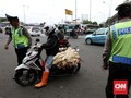 Atur Lalin, Polisi Ditusuk oleh Orang Tak Dikenal