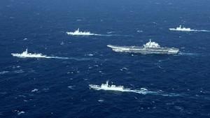Kapal Perang Australia dan China Berhadapan di LCS