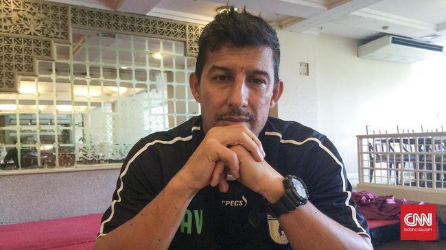 Persebaya Juara, Nasib Alfredo Vera Justru Terancam