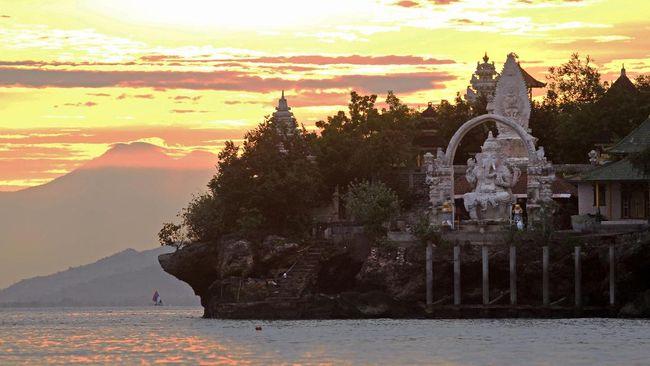 TN Bali Barat, Rumah Penyelam dan Pelari Lintas Alam