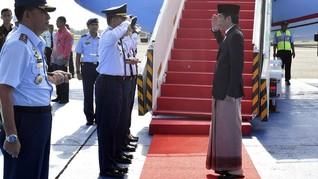 Sarung Jokowi Masih Jadi Obrolan Hangat Netizen