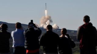 SpaceX Kirim Satelit di Peluncuran Roket Falcon 9 ke-50