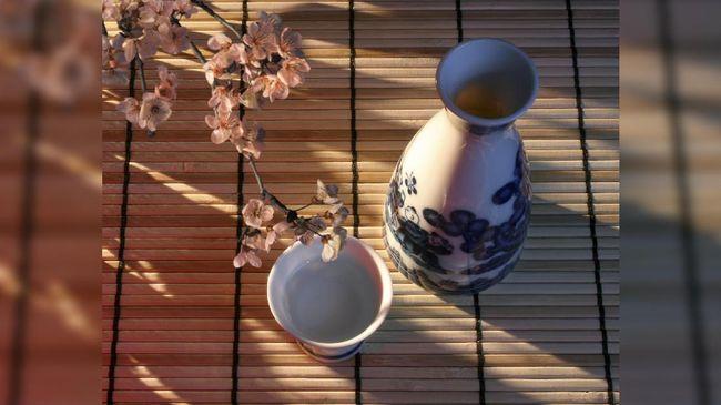 Menikmati Berendam Sake di Negeri Sakura