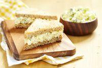 Membuat roti gandum isi telur tidak memakan waktu yang lama. Roti gandum si sumber karbohidrat yang baik dan telur yang kaya protein adalah perpaduan pas untuk mengisi perut. (Foto: Thinkstock)