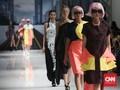 Berharap Perubahan dari Lulusan Baru Sekolah Mode