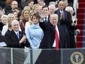 'Roh' Jackie Kennedy di Gaun Biru Melania Trump