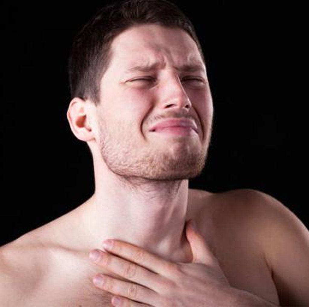 Kondisi Langka, Pria di China Punya Gigi Tumbuh di Tenggorokannya