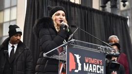 Deretan Bintang Hollywood Meriahkan Aksi 'Women's March'