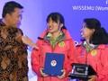 Menpora Puji Dua Perempuan Pendaki Lima 'Atap' Dunia