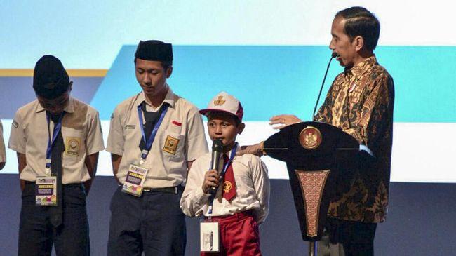 Kisah Jokowi dan Siswa SD Pelajaran Netizen untuk Bijaksana