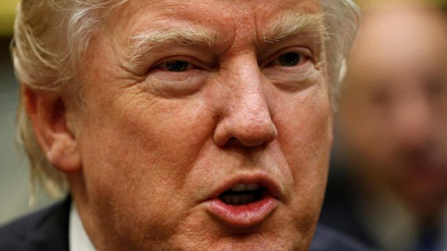 Trump Berencana Setop Penerimaan Imigran dari 7 Negara Muslim