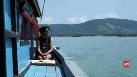 Pesona Keindahan Pulau Terluar Kalimantan Barat