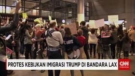Unjuk Rasa Warga AS Menentang Kebijakan Imigrasi Trump
