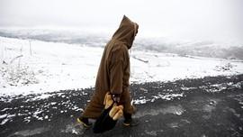 Setelah 38 Tahun, Gurun di Aljazair Kembali Turun Salju