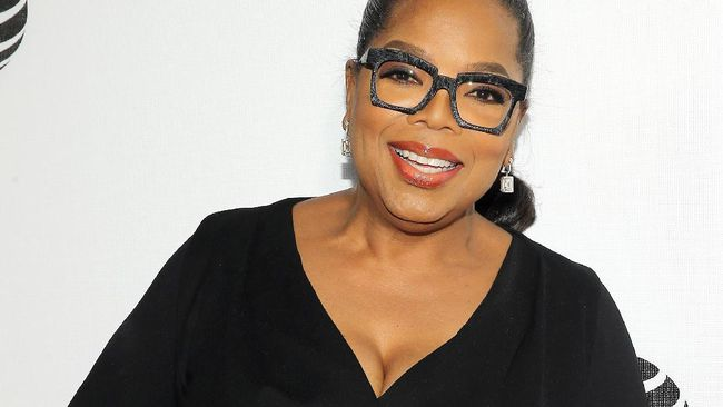 Oprah Raih Penghargaan Khusus di Golden Globe
