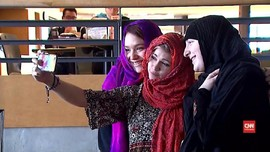 Hari Hijab Sedunia, Komunitas Islam di AS Beri Hijab Gratis