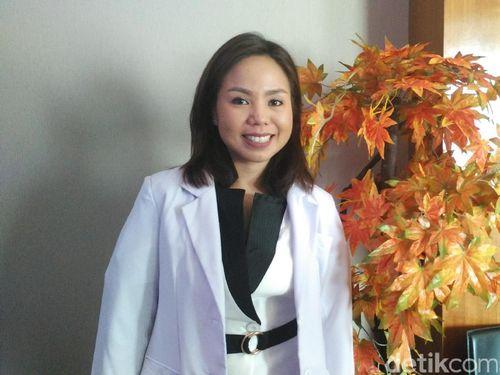 drg Mira Madjid, Ahli Penyakit Gusi yang Gemar Yoga