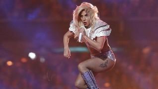 Bradley Cooper Temukan Bakat Lady Gaga dalam 'A Star is Born'