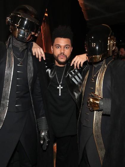 The Weeknd Kencan dengan Mantan Justin Bieber, Aksi Balas Dendam?