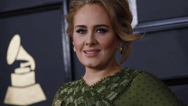 Tak Betah di Los Angeles, Adele Ingin Mudik ke London