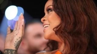 Rihanna Jadi Perempuan Pertama Pemilik Label di LVMH