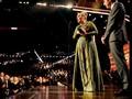 '25' Album Terbaik Grammy Awards 2017, Adele Terharu