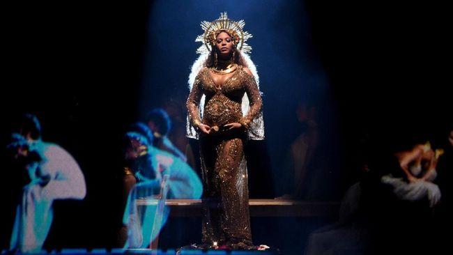 Tampil Hamil, Beyonce 'Guncang' Panggung Grammy Awards 2017