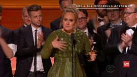 Adele 'Menguasai' Panggung Penghargaan Grammy