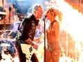 Aksi 'Panas' Lady Gaga & Metallica Terganggu Insiden Mikrofon