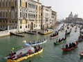 Peraturan Wisata Gondola di Kota Venesia Diperketat