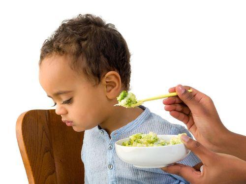 Pola Makan Anak Telanjur Tidak Tepat? Begini Mengatasinya