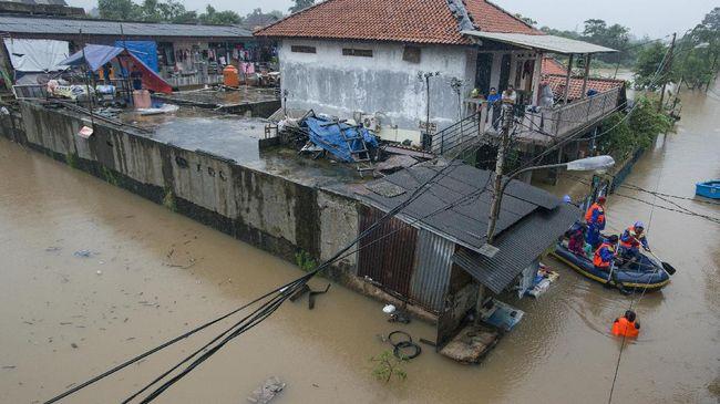 BNPB: Ribuan Rumah Warga Jakarta Terendam Banjir