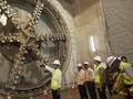 Jokowi Desak Ahok Segera Mulai Proyek MRT Tahap Dua