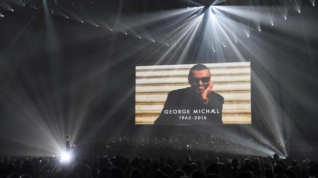 Usai pesta musisi Amerika dan internasional di Grammy Awards, kini giliran musisi Inggris yang menggelar ajang penghargaan. BRIT Awards 2017 digelar di O2 Arena London, Rabu (22/2) malam waktu setempat, dimeriahkan aksi panggung luar biasa. (REUTERS/Toby Melville)
