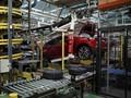 Ghosn Dipenjara, Penjualan Renault Justru Naik