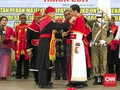 Jokowi Dapat Anugerah Adat Kehormatan Maluku