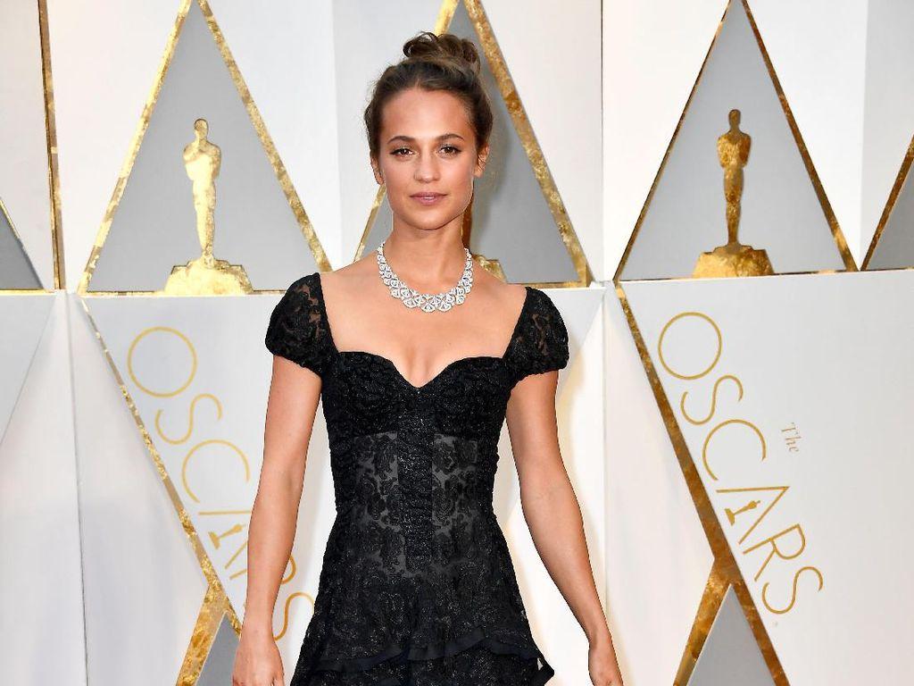 Foto: Gaun-gaun Cantik Selebriti di Oscar 2017