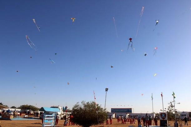 Pasukan Garuda Gelar Festival Layang-layang di Darfur