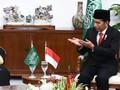 Nge-Vlog, Jokowi Pamer Makan Siang Bareng Raja Salman